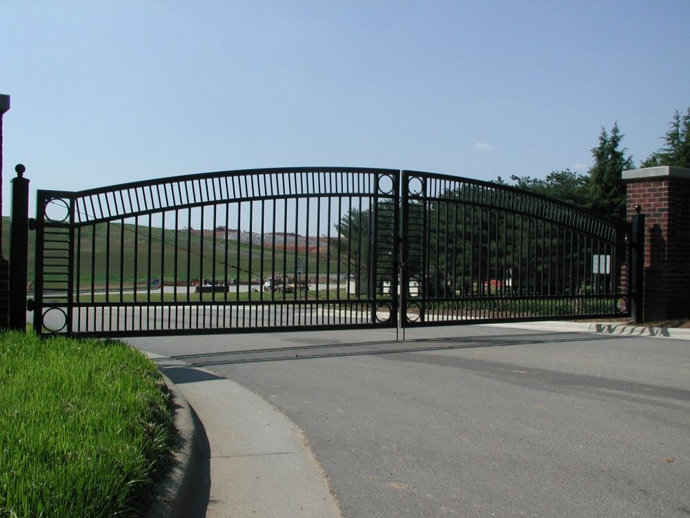 Ornamental Aluminum Double Swing Gate
